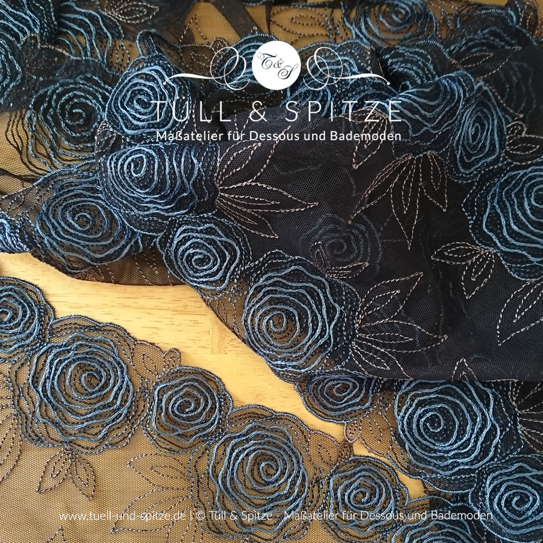 Stickspitze nachtblau