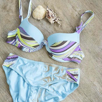 Bademode | Bikini mit Schalencups