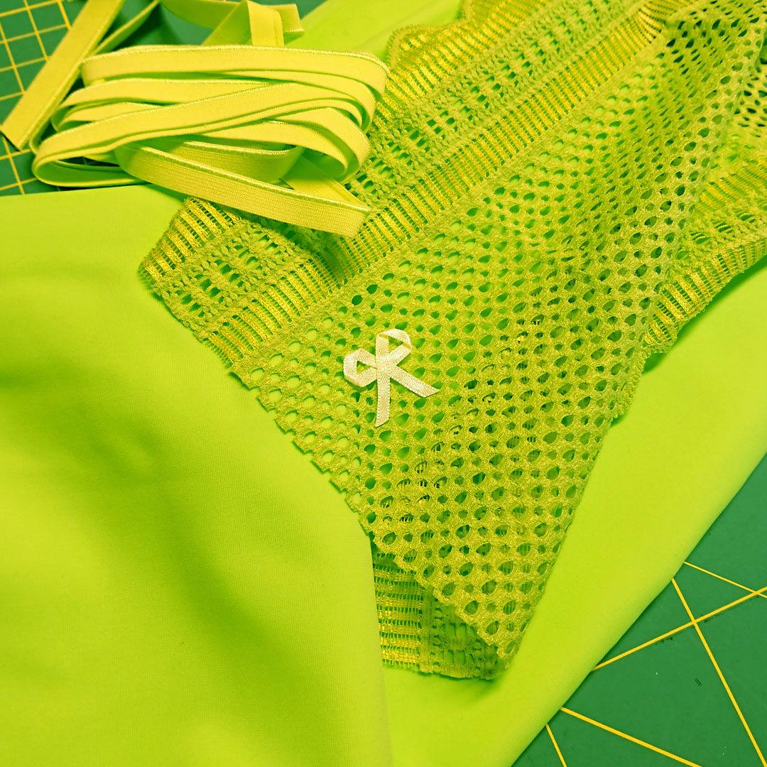 Materialpaket Slip, Mikrofaser Apfelgrün mit kräftig grüner Spitze