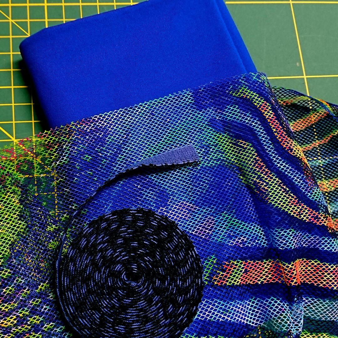 Materialpaket Slip, Royalblau mit Netzstoff bunt