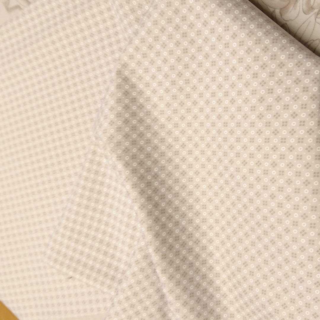 französischer Wäschestoff Beige/Braun/Weiß mit Punkten/Blüten