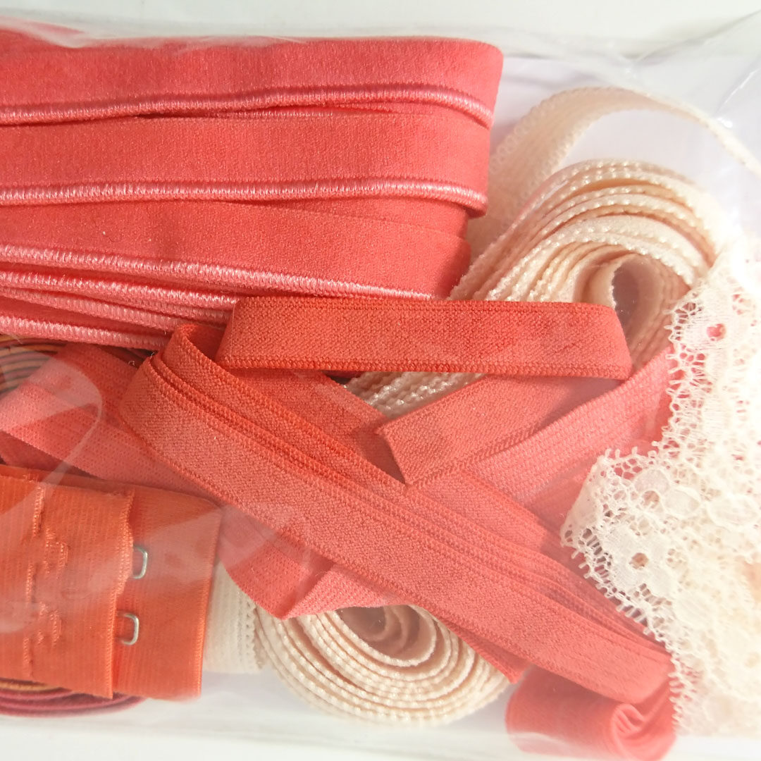 Shop | Kurzwarenpaket BH Flamingo/Rosa/Gr. M, € 9,-
